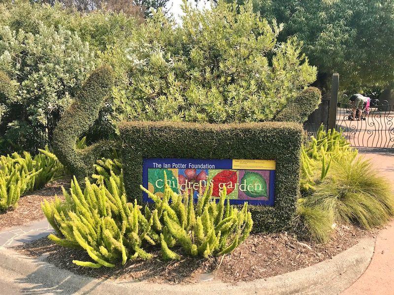 kids melbourne, botanical gardens melbourne activities for kids, botanical gardens melbourne children's garden, botanical gardens melbourne ian potter, kids garden, best botanic gardens melbourne